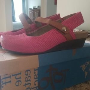 OTBT HOT PINK SHOES
